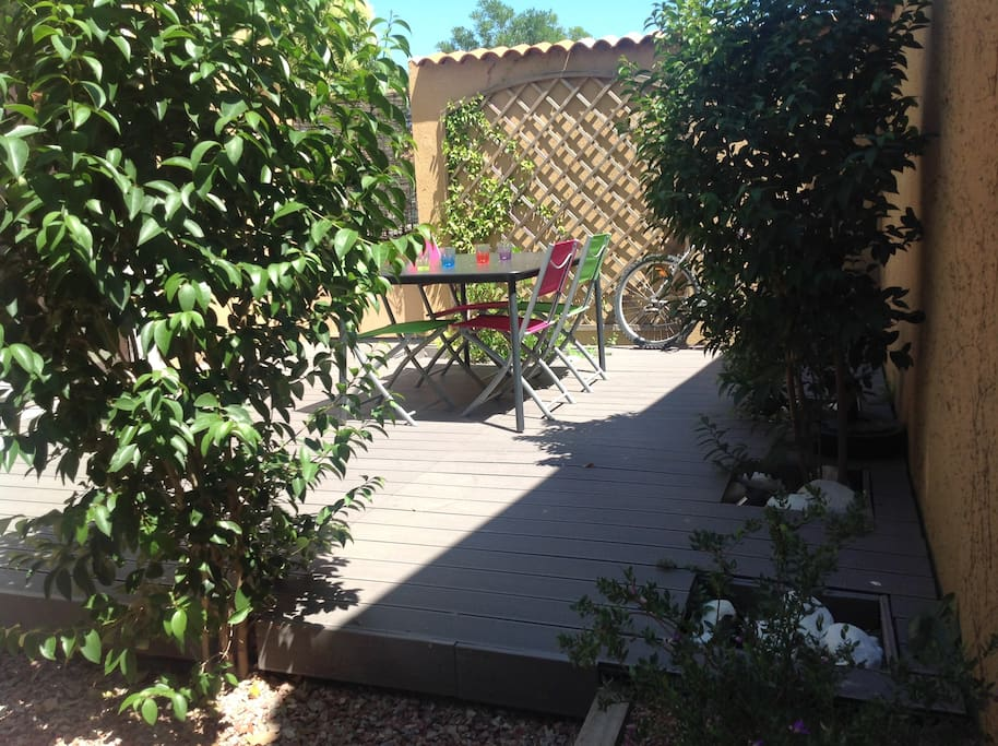 Au c ur du village avec jardin apartments for rent in for Au coeur du jardin lille