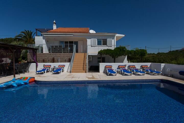 Os Pinheiros -  luxury private villa pool hot tub