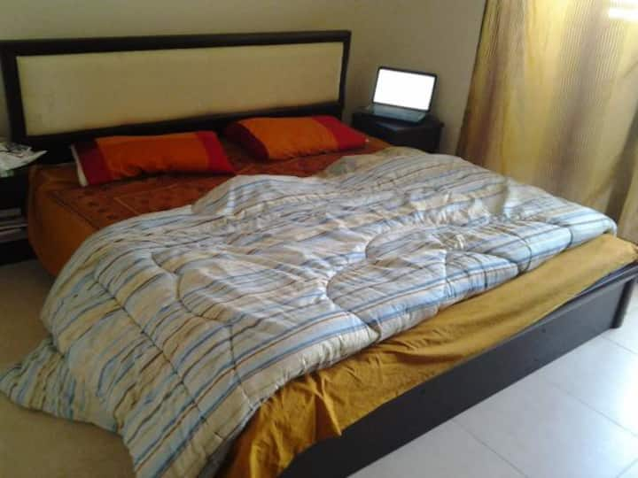 AC room Cornich contact for Long stay