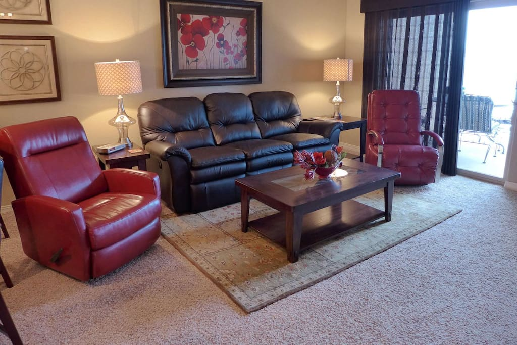 Living Room with two recliners.