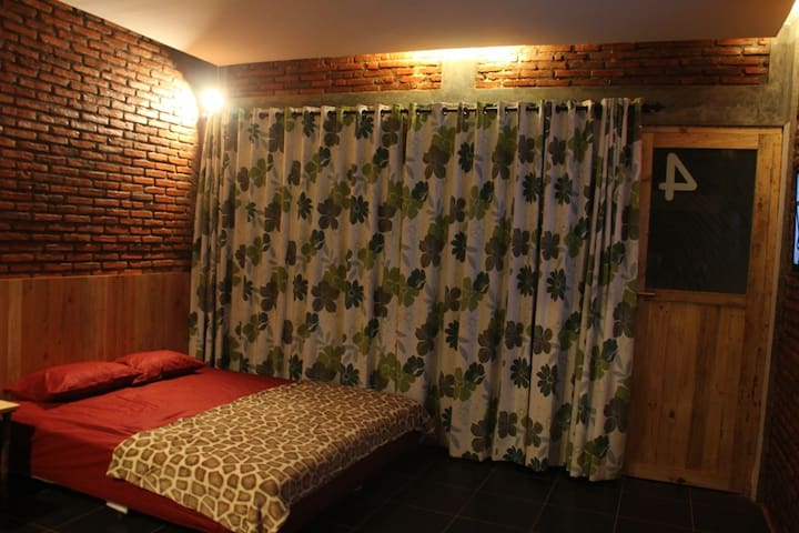 pondok cowet superior room