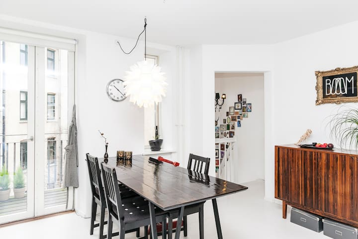 Family friendly duplex in Vesterbro - コペンハーゲン - アパート