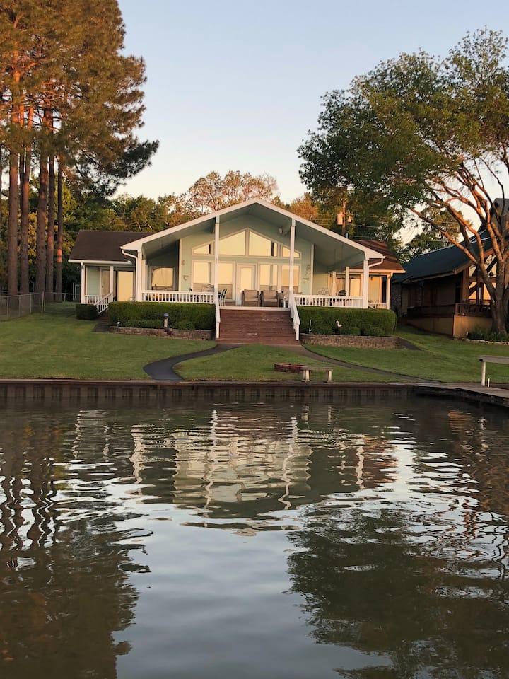 Vida Loca Cottage