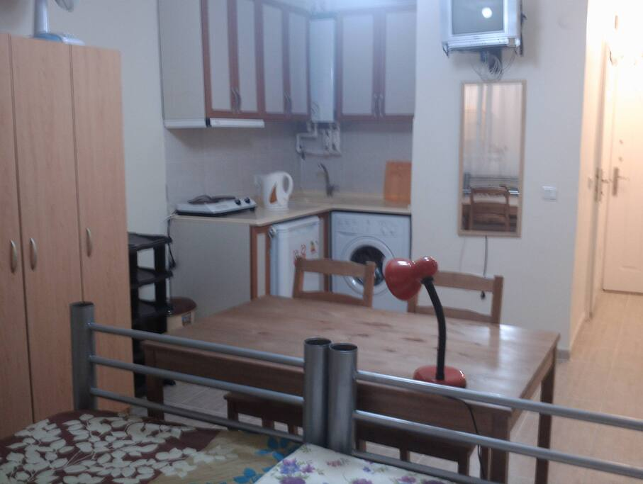 One private rm around park houses for rent in sterling for Small room rental