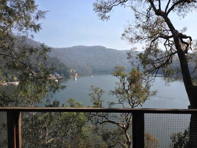 Sydney's North Secluded Waterfront - Berowra Waters - Casa