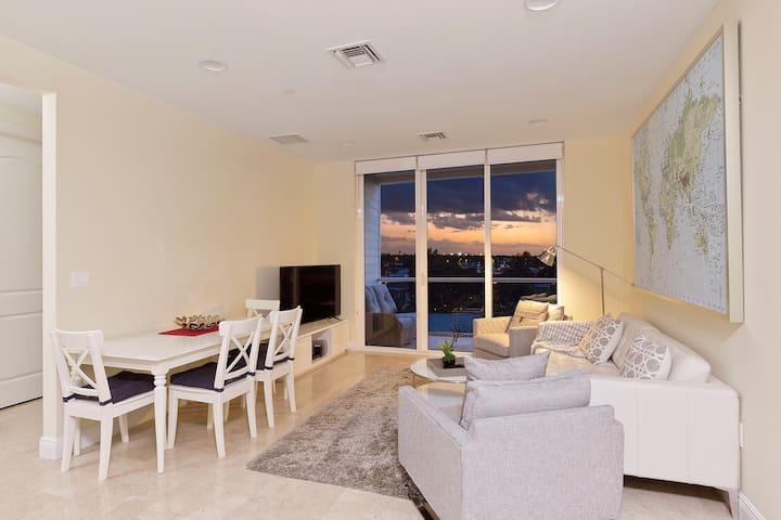 Hemingway Holiday Apartment -Two blocks from beach - Deerfield Beach - Lägenhet