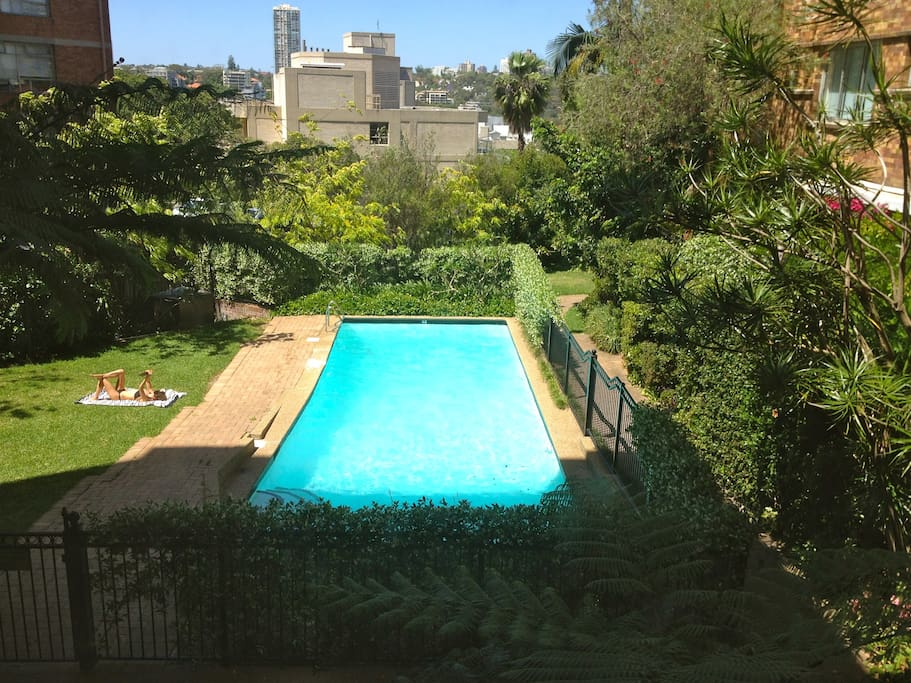 One Bedroom Swimming Pool Garden Apartments For Rent In Elizabeth Bay New South Wales Australia