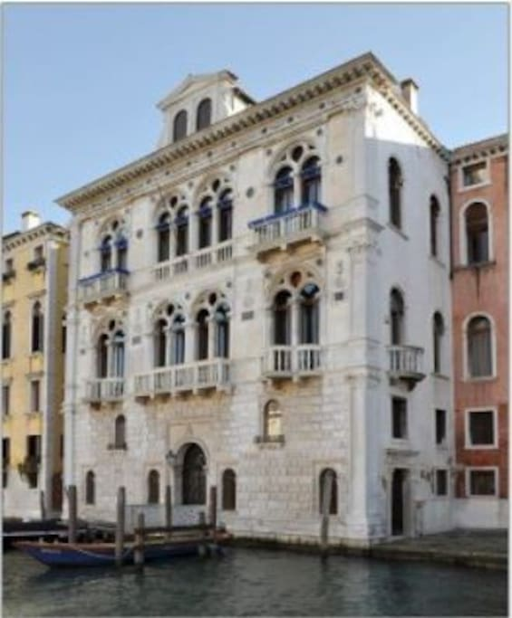 Palazzo on the Grand Canal