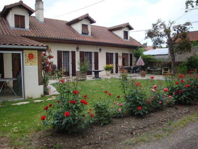 Maison confortable en Bigorre - Artagnan - Haus