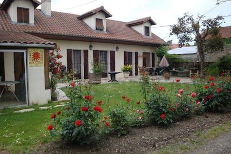 Maison confortable en Bigorre - Ev