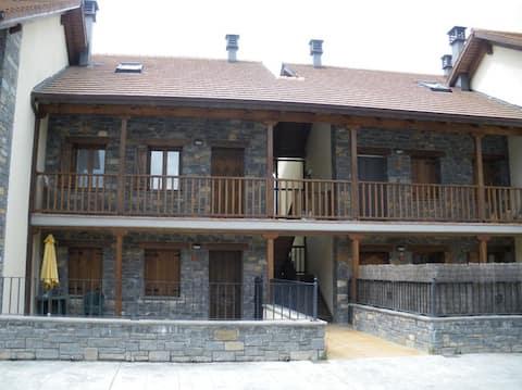 Duplex in Aragonese Pyrenees Prosecutor.