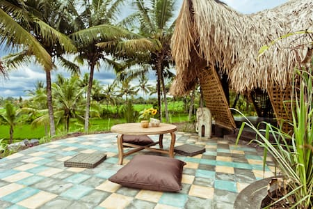 Bamboo eco cottage in rice fields - Ubud