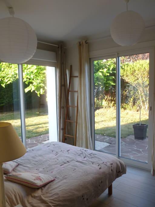 chambre priv e dans maison avec jardin et garage houses for rent in saint paul l s dax. Black Bedroom Furniture Sets. Home Design Ideas