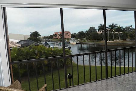 Million Dollar View!!!-Exclusive Punta Gorda Isles - 푼타 골다(Punta Gorda) - 아파트(콘도미니엄)
