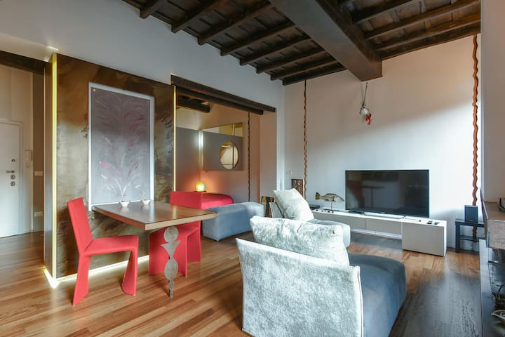IN Trastevere Loft with Pool - Design & Style Loft