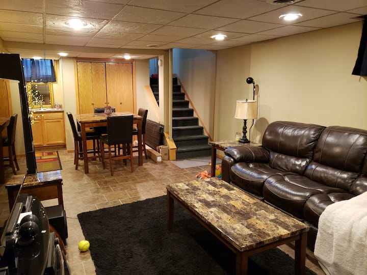 Cute full basement apartment with tanning bed!