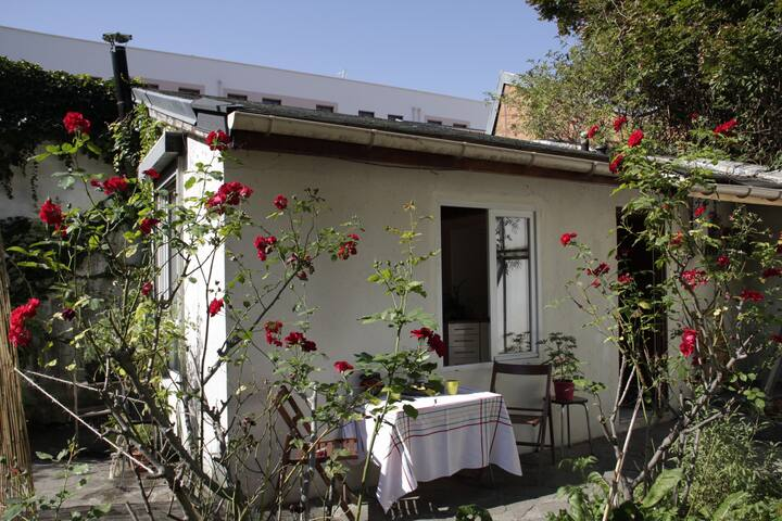 Micro maison indépendante au calme