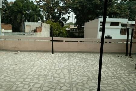 (: Hassle free place to stay:) - Sahibzada Ajit Singh Nagar - Rumah