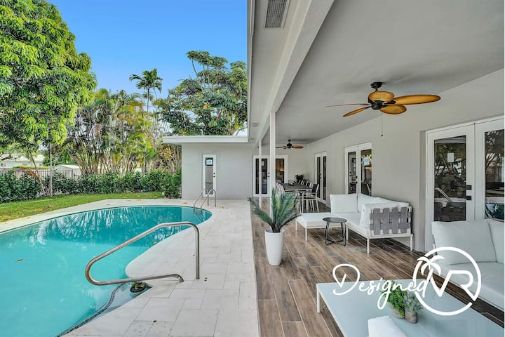 Incredible 4BR/ 3 Bath Home with Private Pool