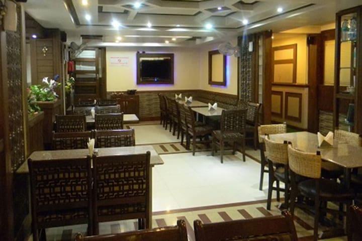 Private room at Main sqaure Mcleodganj