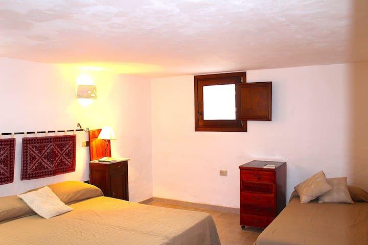 Downstairs triple bedroom