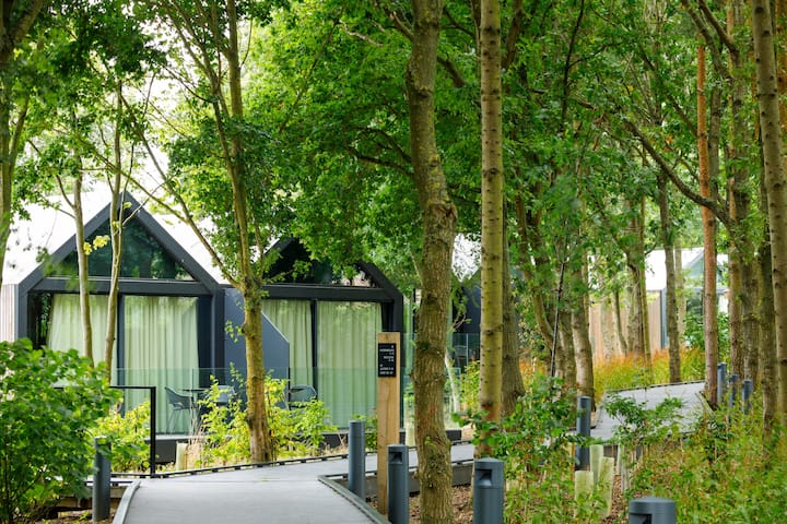 Self Catering Lodge - Oak at Feldon Valley