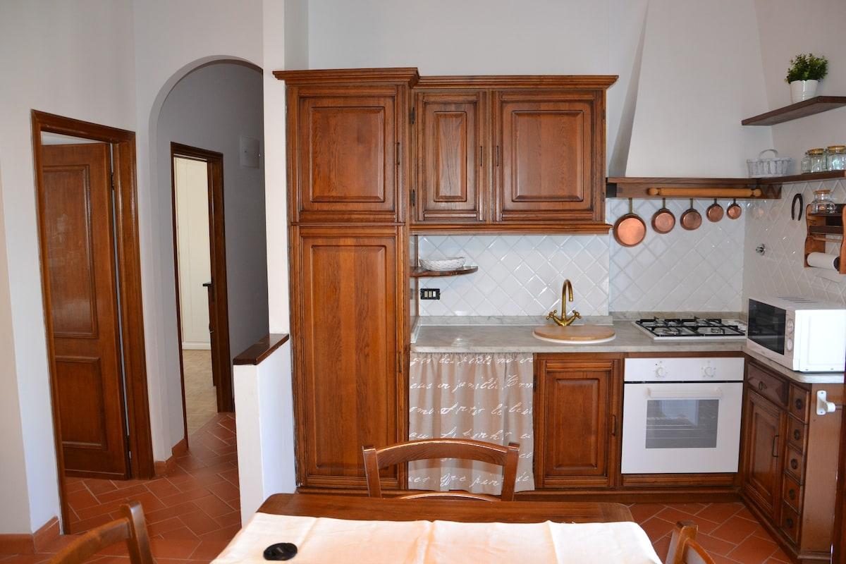 Awesome Cucina Con Tinello Ideas - Home Interior Ideas - hollerbach.us