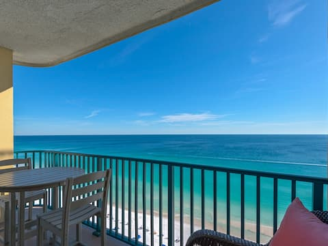 Gulf Front End Condo with Great Views