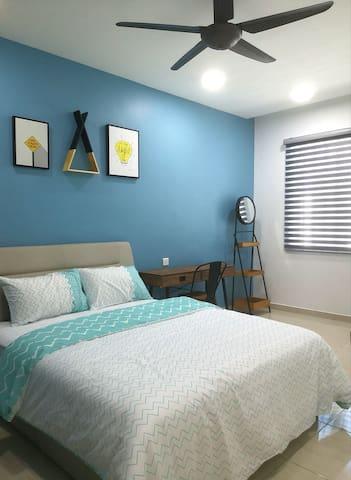 Simfoni18 | Room 3 | Modern Design | Kuah