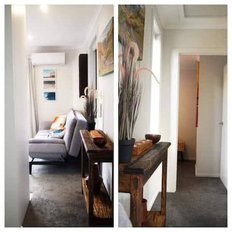 Brand New Mini house retreat in Mosgiel