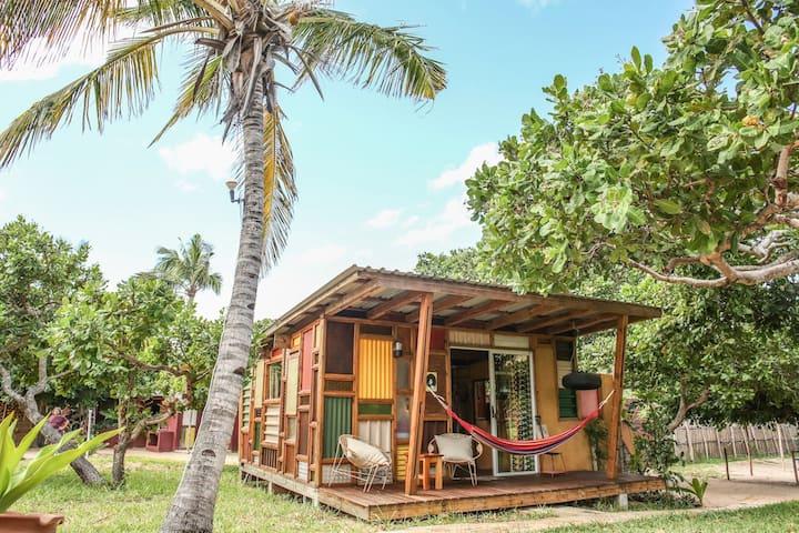 Funky unique Diana Ross private cabin in Tofinho