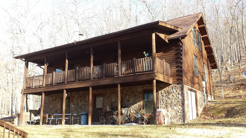 Log Cabin - 3BR - Lost River WV - Lost River