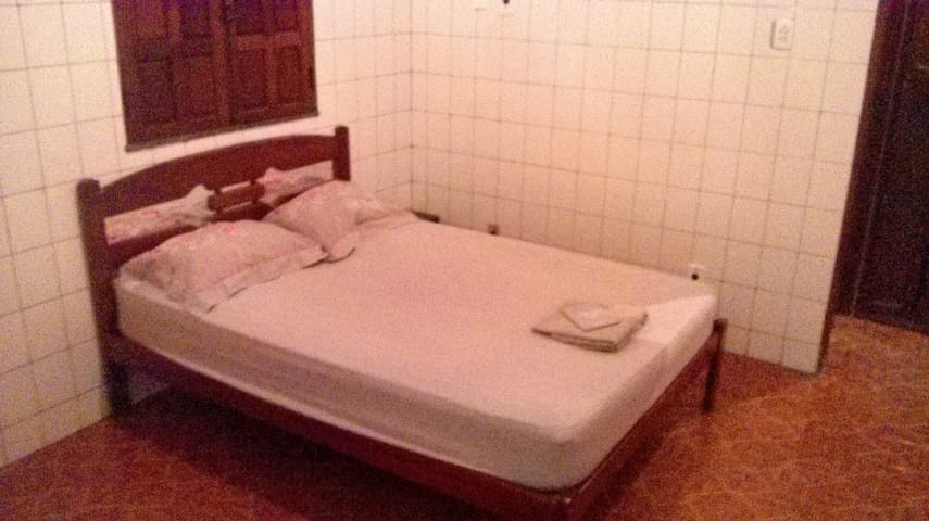 Private Bath Suite 10 min Airport Pool Room ;-) - Manaus - Huis