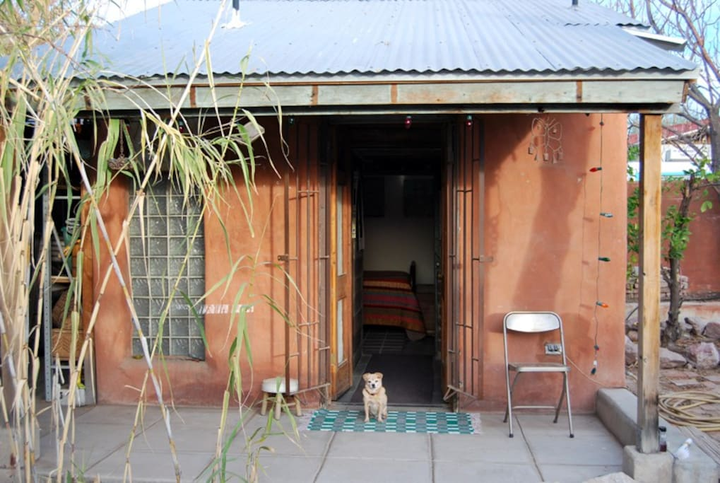 The love shack in downtown barrio cabins for rent in for The love shack cabin