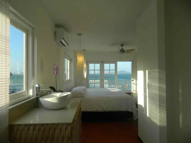 Beautiful room on an island - Arenas - Bed & Breakfast