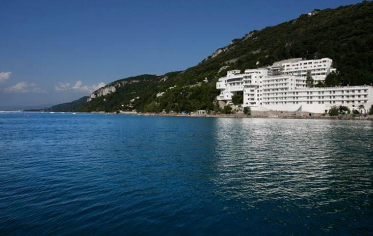 Residence  con Spiaggia Privata - Grignano - Apartment
