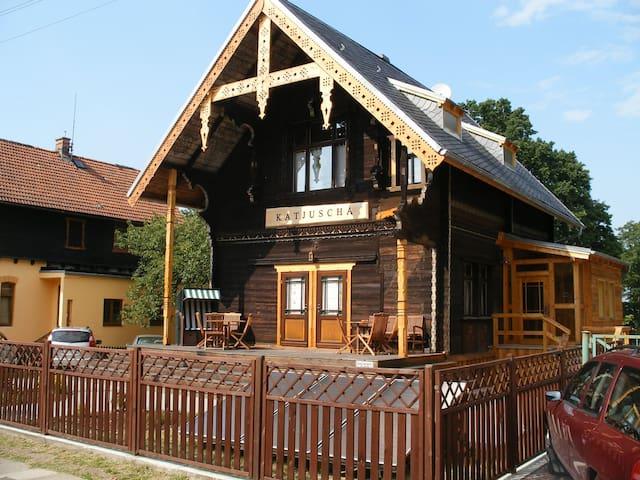 Haus Katjuscha nur 100m zum Strand - Międzyzdroje - Dům