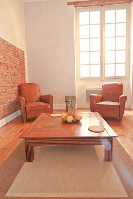 plein centre historique carmes appartements louer toulouse midi pyr n es france. Black Bedroom Furniture Sets. Home Design Ideas