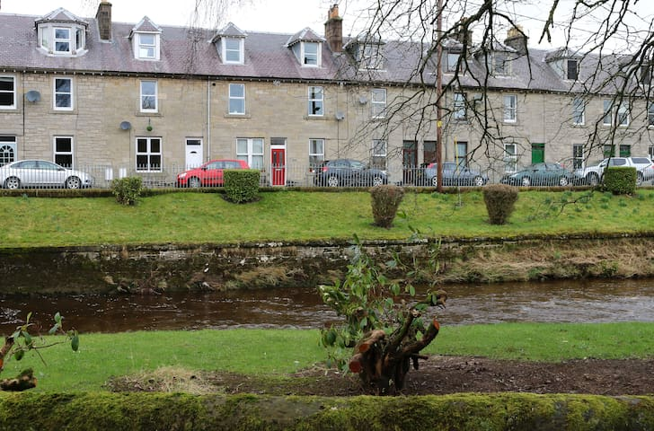 Riverview, Dumfriesshire - Pet Friendly - Langholm - Flat