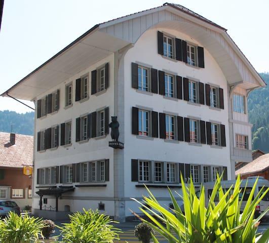 Exklusive Unterkunft bis 45 Pers - Boltigen - Hus