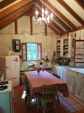La cabine d'Edgar - val-morin - Maison