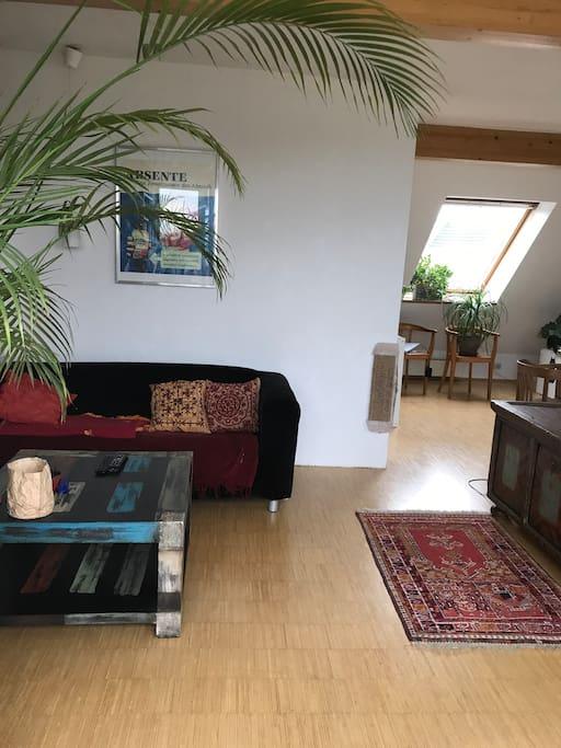 zwei zimmer in zentraler dachterrassen maisonette wohnungen zur miete in k ln nordrhein. Black Bedroom Furniture Sets. Home Design Ideas