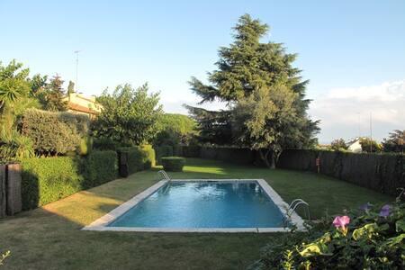 rustic house with garden&pool  - Sant Andreu de Llavaneres
