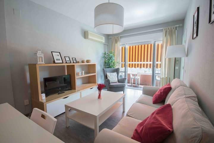 Apartamento ideal para parejas (Parking Free)