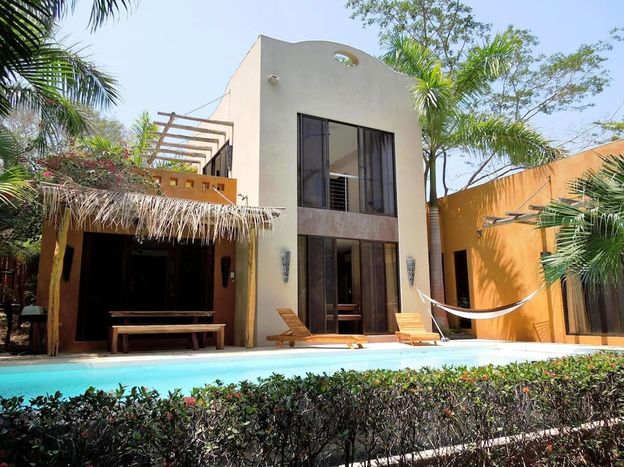 Charming quiet villa tamarindosun houses for rent in for Costa rica rental houses