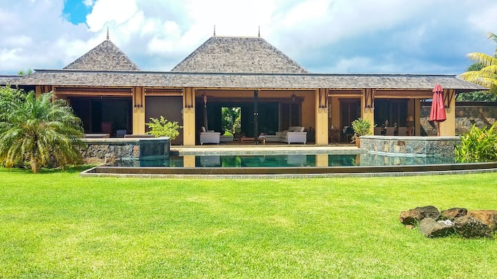 Villa with 4 bedrooms in Tamarin, with private pool, furnished garden and WiFi - 3 km from the beach