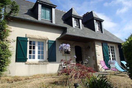 Maison avec grand jardin, vue mer proche Bréhat - Ploubazlanec