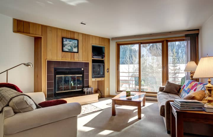 Walk to the Slopes From This 1BR!