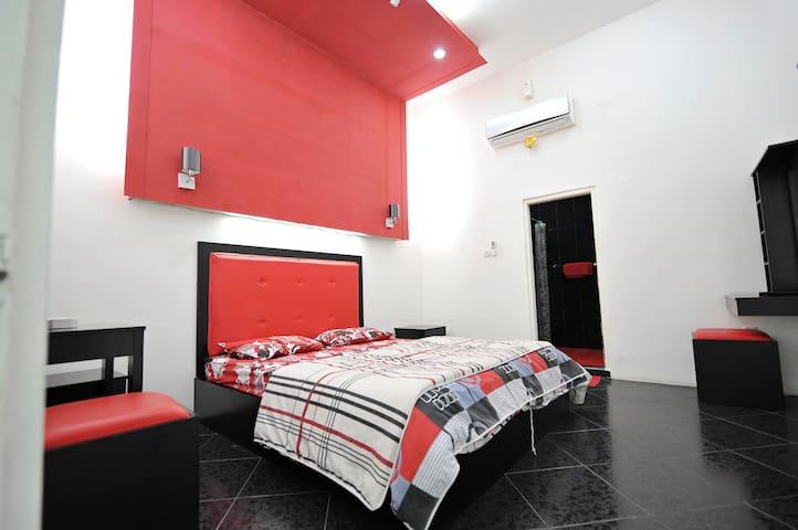 Your Home in Jakarta & Indonesia - Jakarta Capital Region - Bed & Breakfast