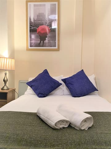 Comfy,Cosy 1 bed room Flat near Tower Gate Bridge